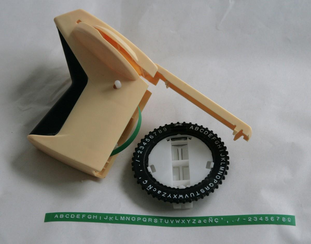 Vintage dymo jet 1855 mk ii label maker gun embosser for Letter label maker